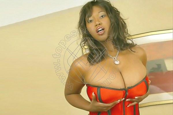 Foto 4 di Nairobi escort Fossano