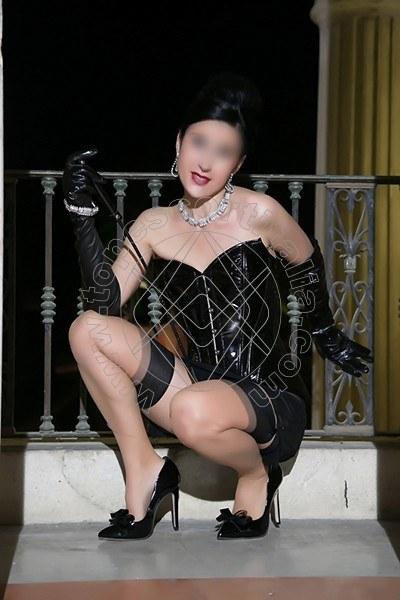 Foto 864 di Helene Castelli escort Perugia
