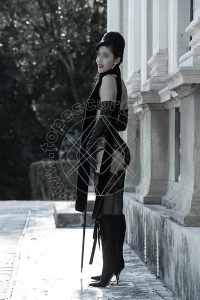 Foto 799 di Helene Castelli escort Perugia