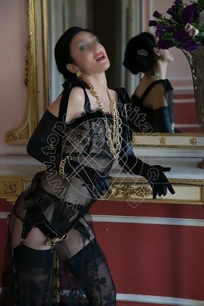 Foto 706 di Helene Castelli escort Perugia