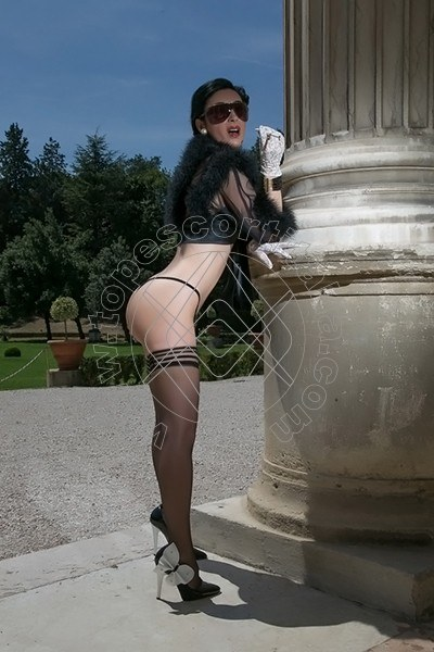 Foto 732 di Helene Castelli escort Perugia
