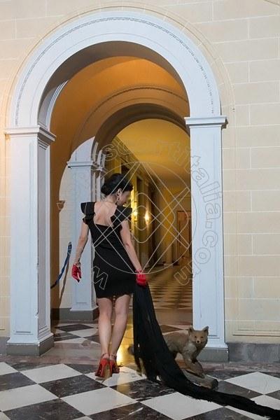Foto 690 di Helene Castelli escort Perugia