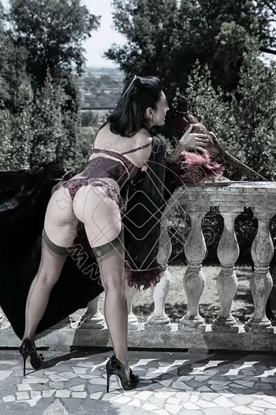 Foto 463 di Helene Castelli escort Perugia
