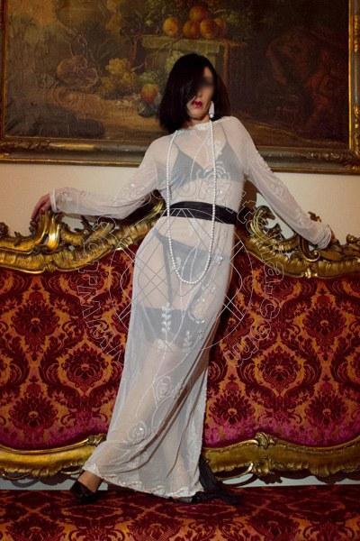 Foto 2030 di Helene Castelli escort Perugia