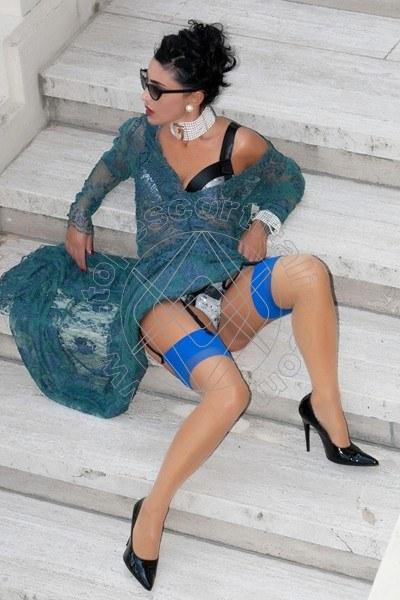 Foto 1187 di Helene Castelli escort Perugia