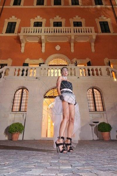 Foto 1445 di Helene Castelli escort Perugia