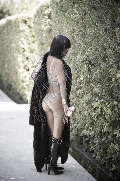 Foto 201 di Helene Castelli escort Perugia