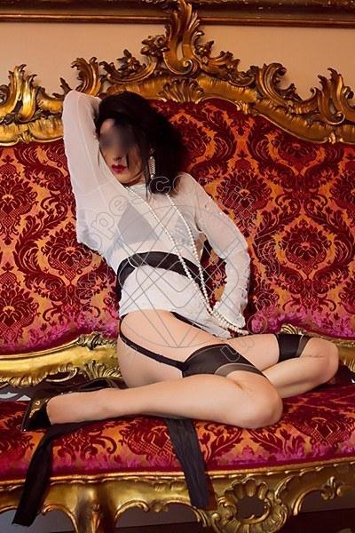 Foto 2026 di Helene Castelli escort Perugia