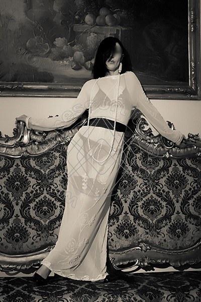 Foto 2031 di Helene Castelli escort Perugia