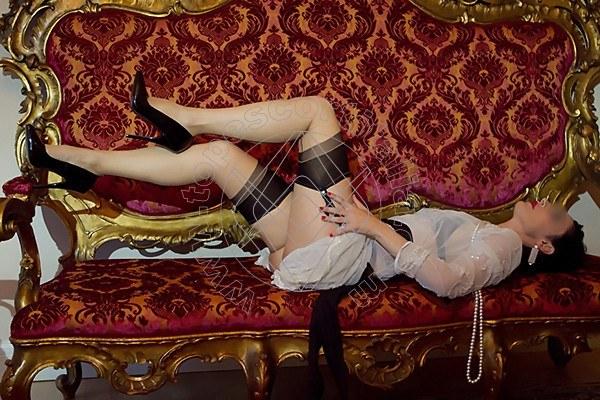 Foto 2038 di Helene Castelli escort Perugia