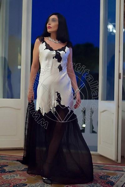 Foto 2054 di Helene Castelli escort Perugia