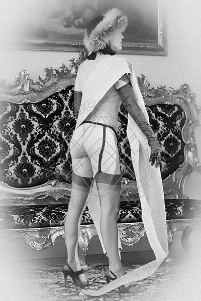 Foto 1882 di Helene Castelli escort Perugia