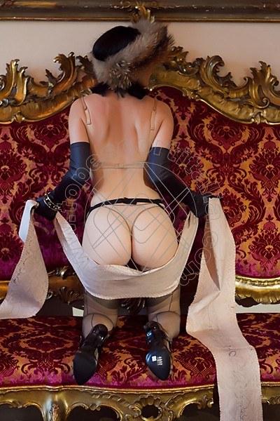 Foto 1888 di Helene Castelli escort Perugia