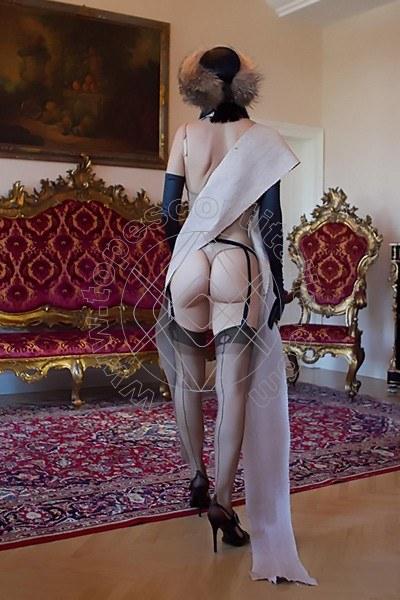 Foto 1881 di Helene Castelli escort Perugia