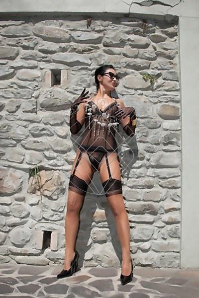 Foto 1600 di Helene Castelli escort Perugia