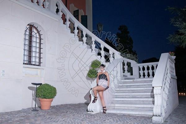 Foto 1434 di Helene Castelli escort Perugia