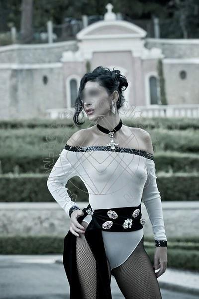 Foto 1273 di Helene Castelli escort Perugia