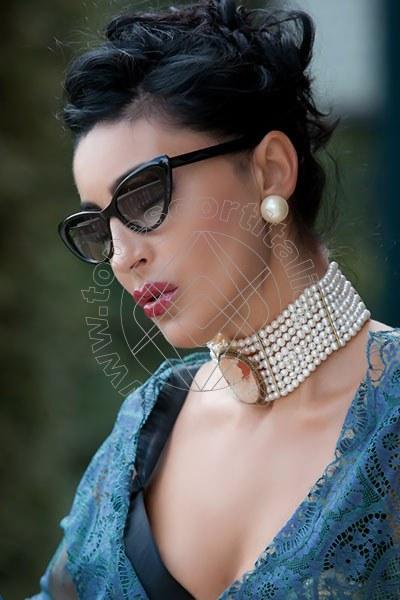 Foto 1198 di Helene Castelli escort Perugia