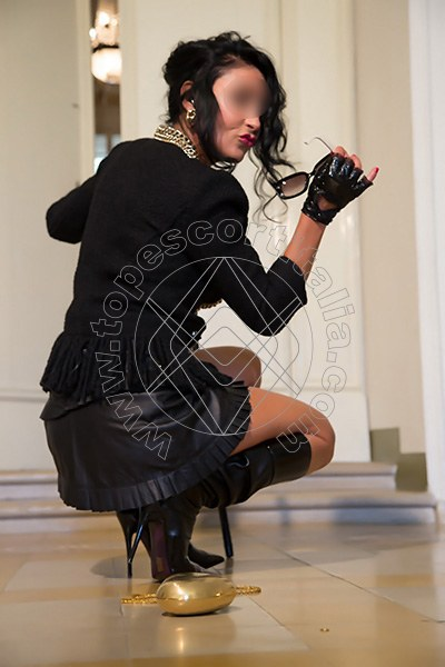 Foto 360 di Helene Castelli escort Perugia