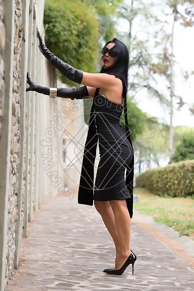 Foto 421 di Helene Castelli escort Perugia