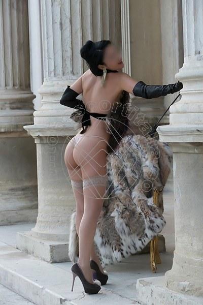 Foto 544 di Helene Castelli escort Perugia
