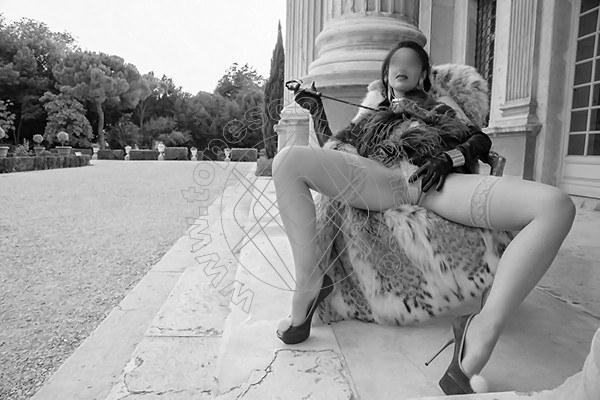 Foto 555 di Helene Castelli escort Perugia