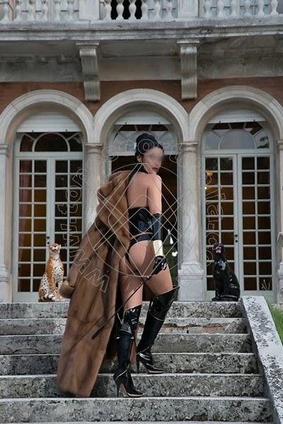 Foto 558 di Helene Castelli escort Perugia