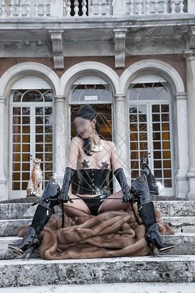 Foto 565 di Helene Castelli escort Perugia