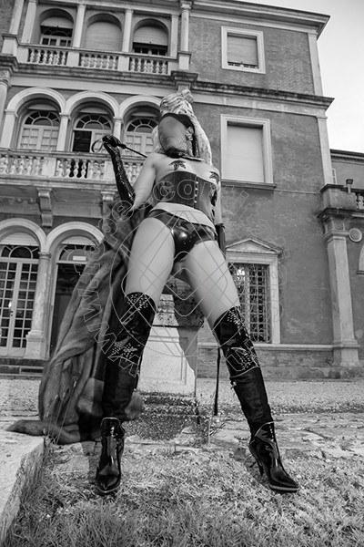 Foto 574 di Helene Castelli escort Perugia
