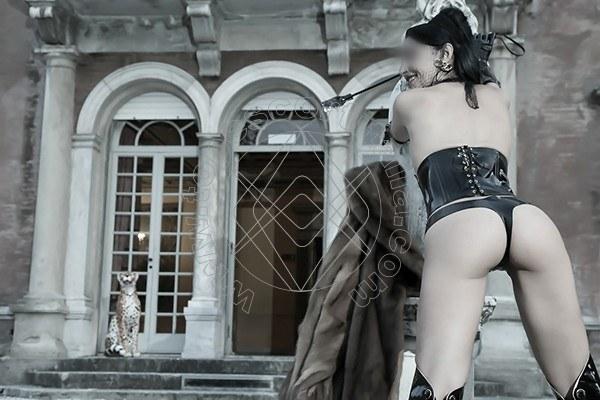 Foto 578 di Helene Castelli escort Perugia